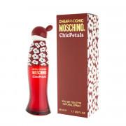 Moschino Cheap And Chic Chic Petals Eau De Toilette 50 ml (woman)